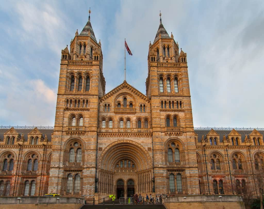 10 Free Family Activities in London: Visit the Natural History Museum and the Science Museum