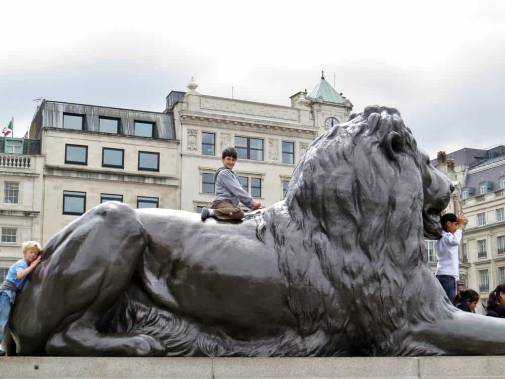 10 Free Family Activities in London: Climb the lions at Trafalgar Square