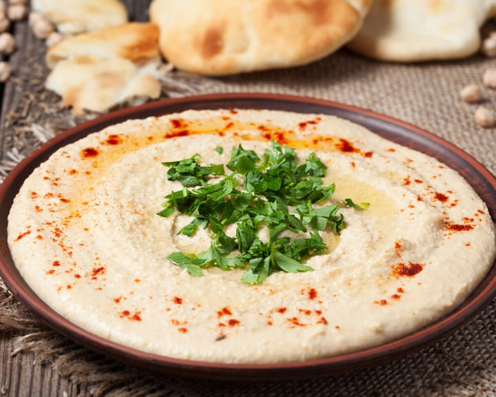 5 Traditional Israeli Dishes You Must Try When Visiting: Hummus
