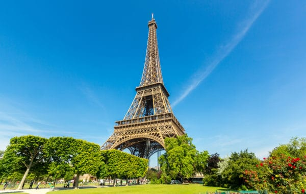 Places To Visit In Paris: Eiffel Tower