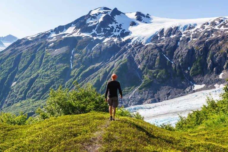 Alaska Bucket List: 13 Destinations You Must Visit (Including a Map)