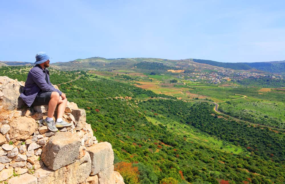 Cover yourself against the sun when hiking in Israel