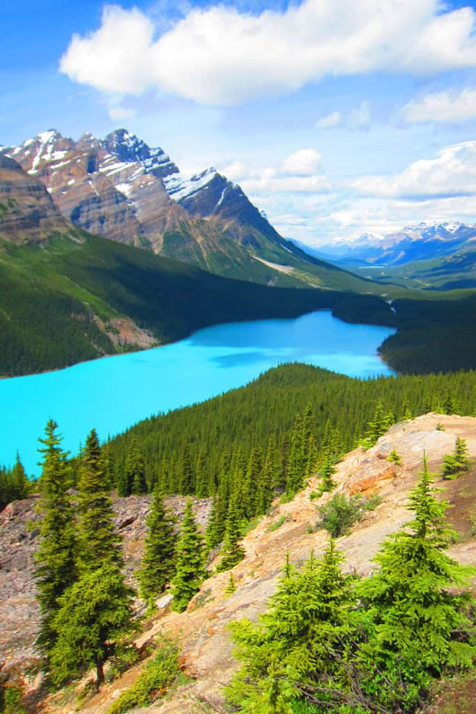 Lake Peyto - Banff National Park: 4 Natural Wonders that will blow your mind away
