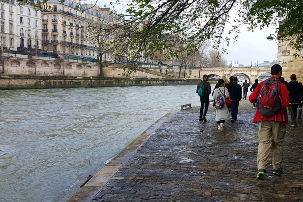 Guided Walk by the Seine