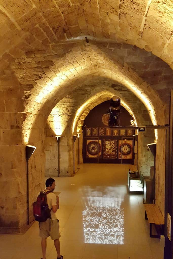 9 Awesome Things to Do in Akko, Israel: The Halls of The Crusaders