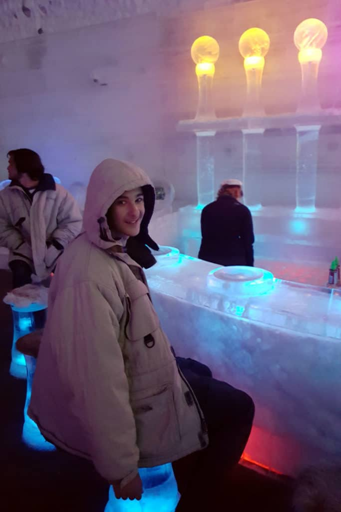11 Pretty Awesome Things to Do in Fairbanks: The ice bar at the Aurora Ice Museum