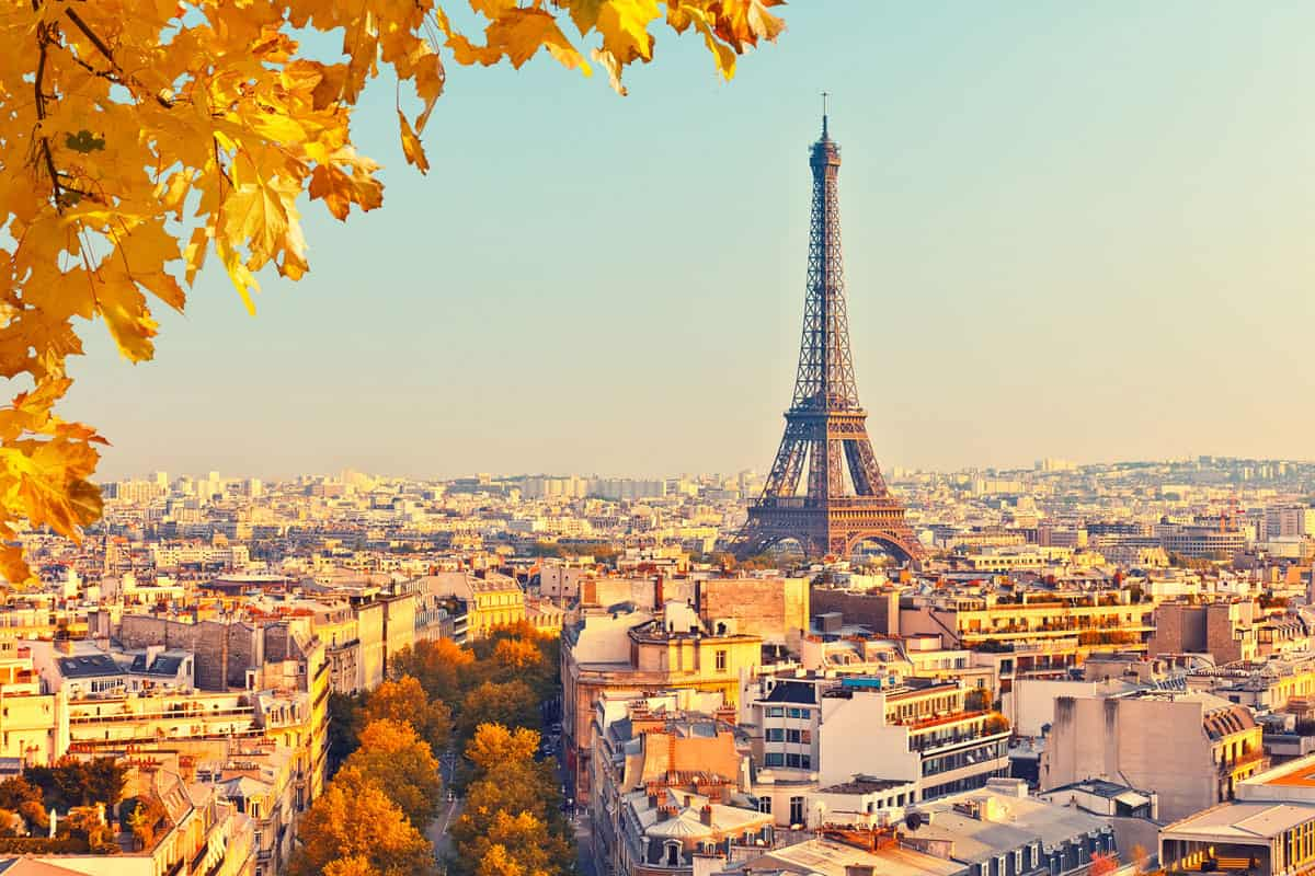 27 Pictures of the Eiffel Tower in Paris that Will Blow Your Mind Away
