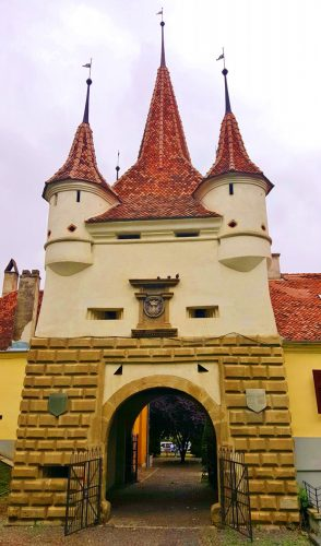 10 Top Things to Do in Brasov, Romania