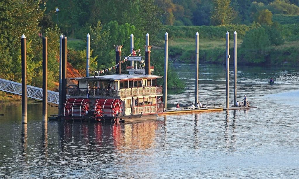 The Sternwheeler Willamette Queen moored at Riverfront Park