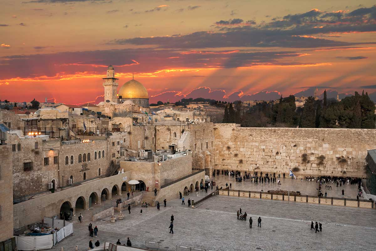 What's the Best Time to Visit Israel?