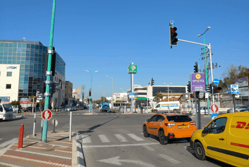 Read more about the article Driving in Israel (Everything you need to know as an American)