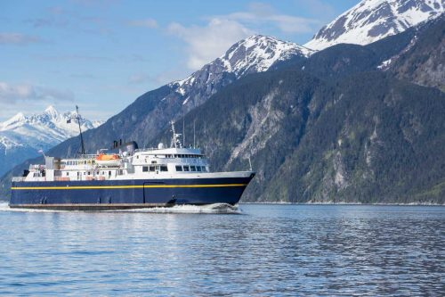 Read more about the article Best Things to Do in Haines, Alaska (Including our bear viewing video!)