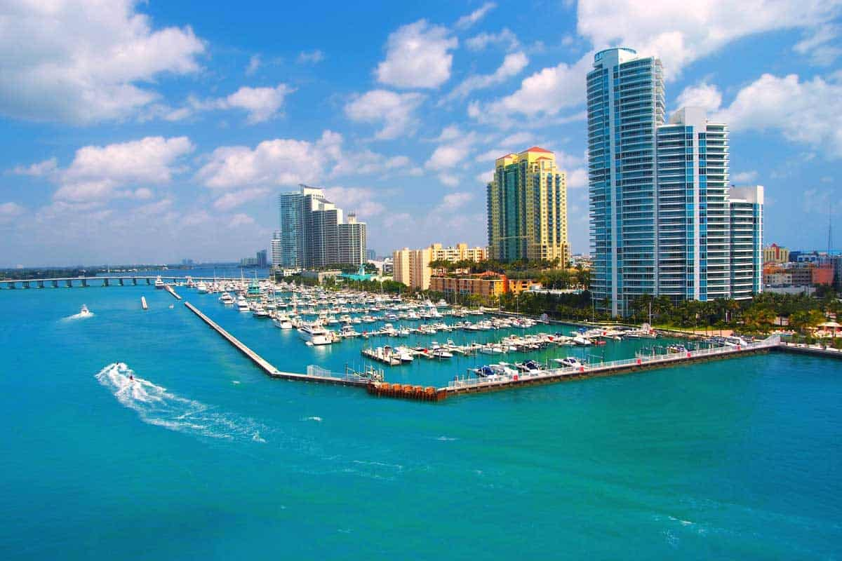 Read more about the article What's the Best Time to Visit Florida?