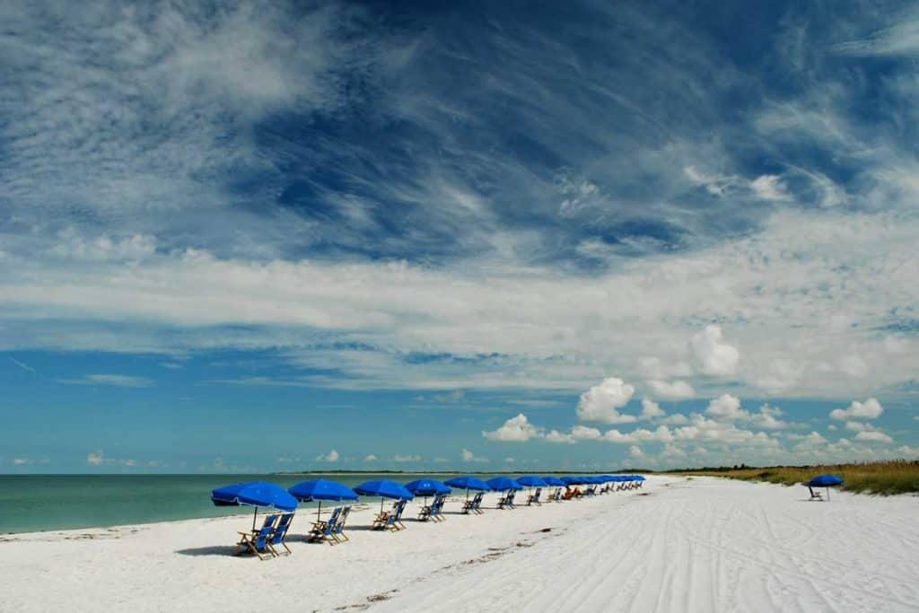 Clean beaches of Caladesi Island State Park