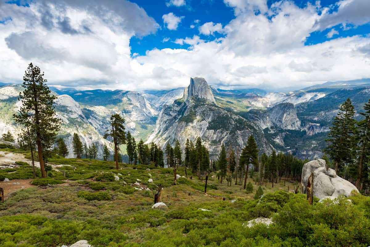 Half-Dome-in-Yosemite-National-Park,-California