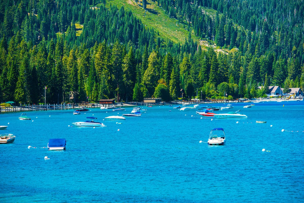 Lake-Tahoe-Marina-Panorama.-South-West-Lake-Tahoe,-California,-USA