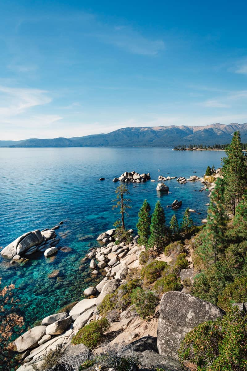 Lake-Tahoe-is-the-largest-alpine-lake-in-North-America.-Lake-Tahoe-is-a-major-tourist-attraction-in-both-Nevada-and-California.