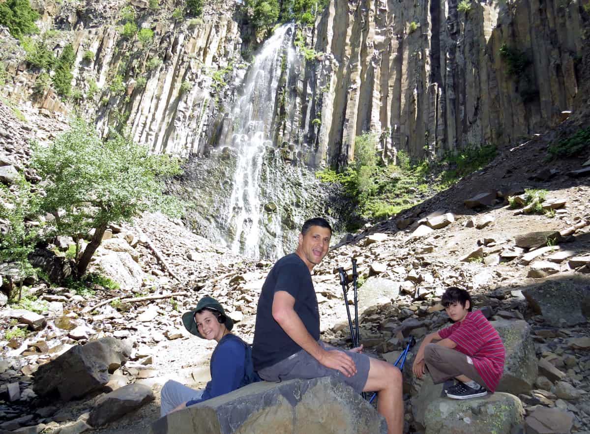 Hiking Palisade Falls