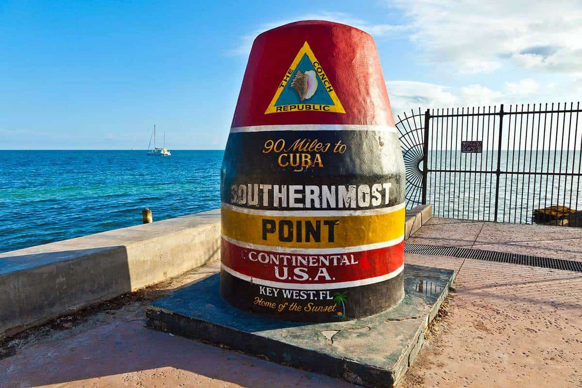 Southernmost point marker in Key West