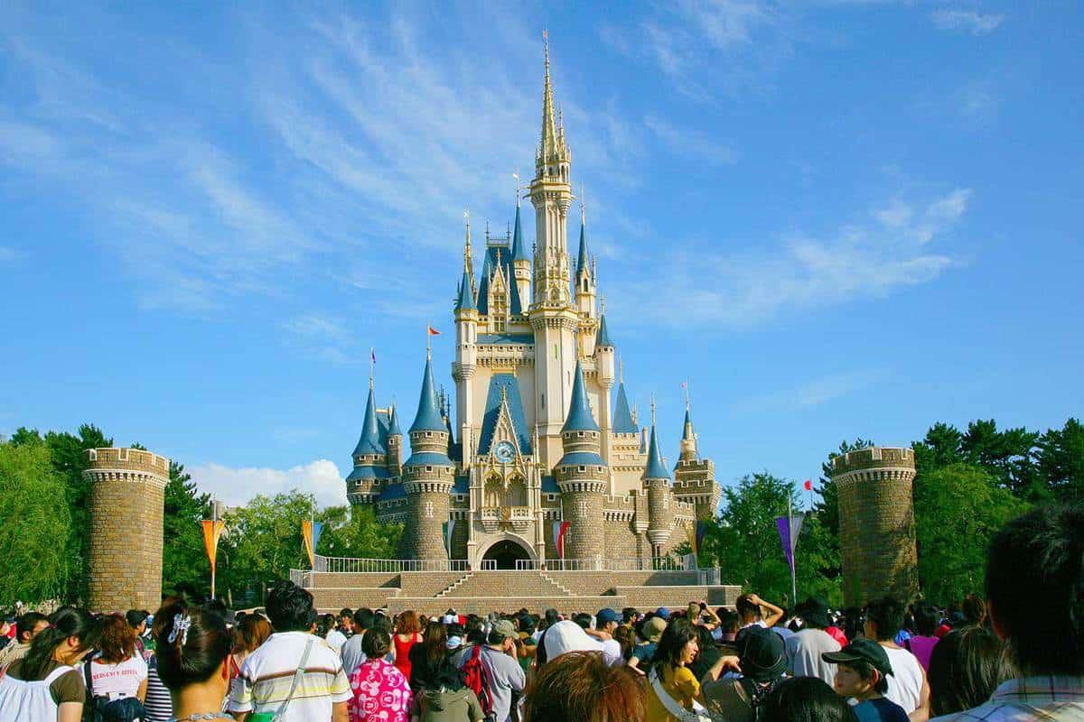 """Tokyo Disneyland """"Cinderella City"""" main building"""